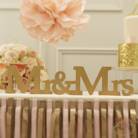 MR & MRS WOODEN SIGN - GOLD
