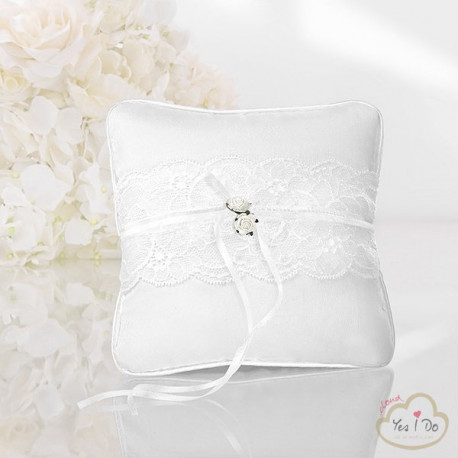 RING BEARER PILLOW WITH LACE AND ROSES