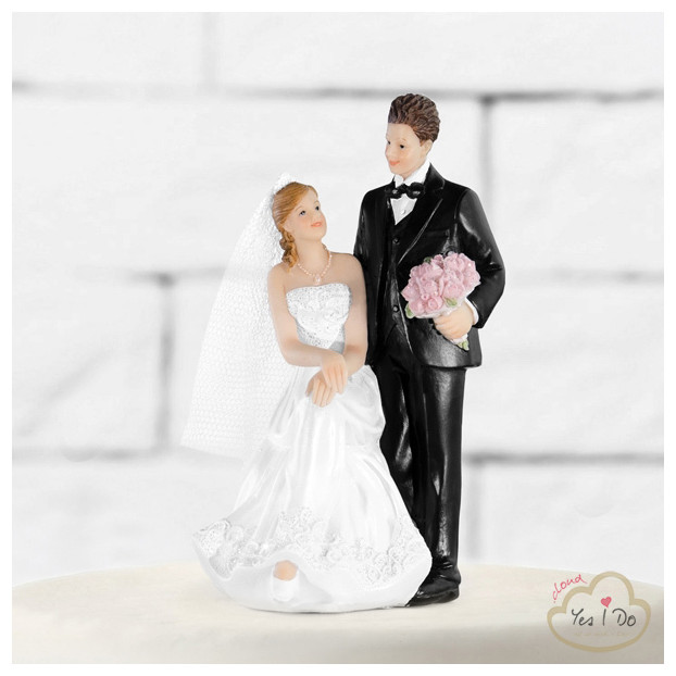 CAKE TOPPER WITH SITTING BRIDE