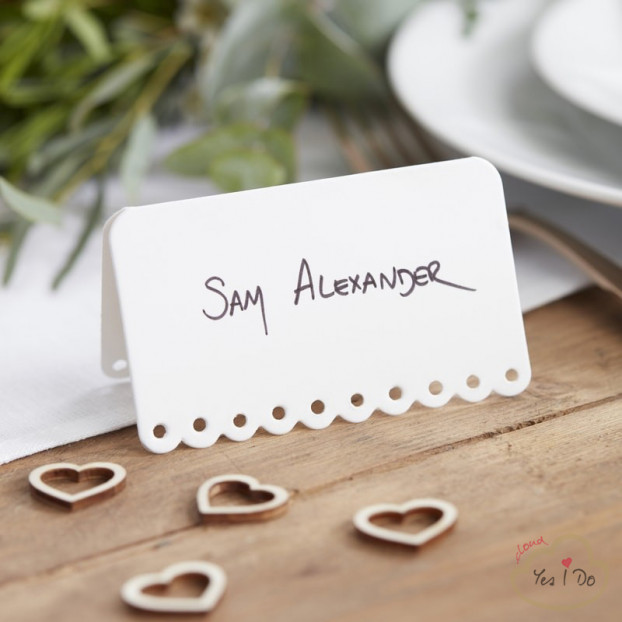 10 SCALLOPED WHITE PLACE CARDS