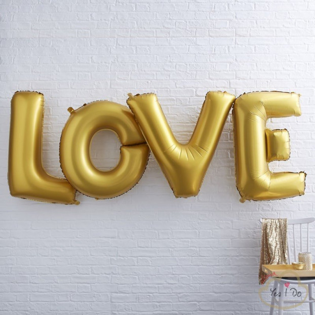 GIANT LOVE FOILED BALLOONS - GOLD