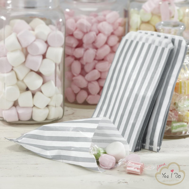 25 WHITE AND SILVER CANDY BAGS